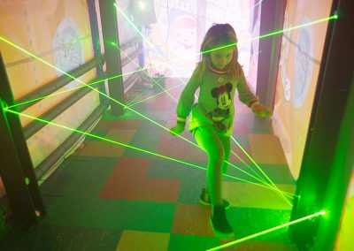 Laser Maze Indoor Bubble Park