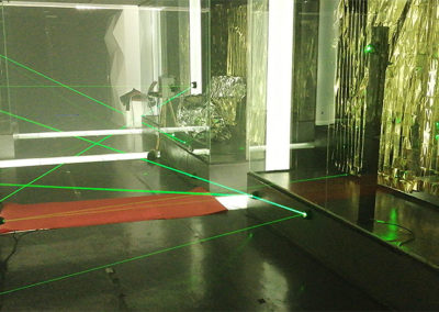 Integrating laser maze